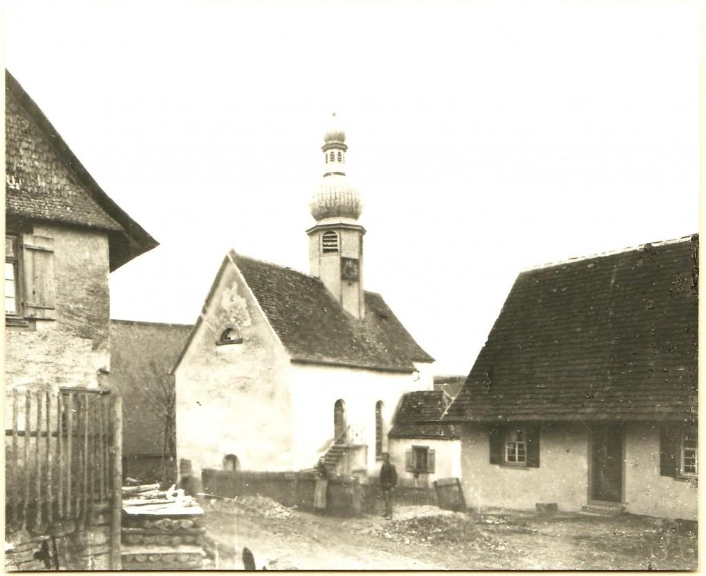Das alte Lackendorfer Kirchlein (1622-1908). [Seite 10, oben]