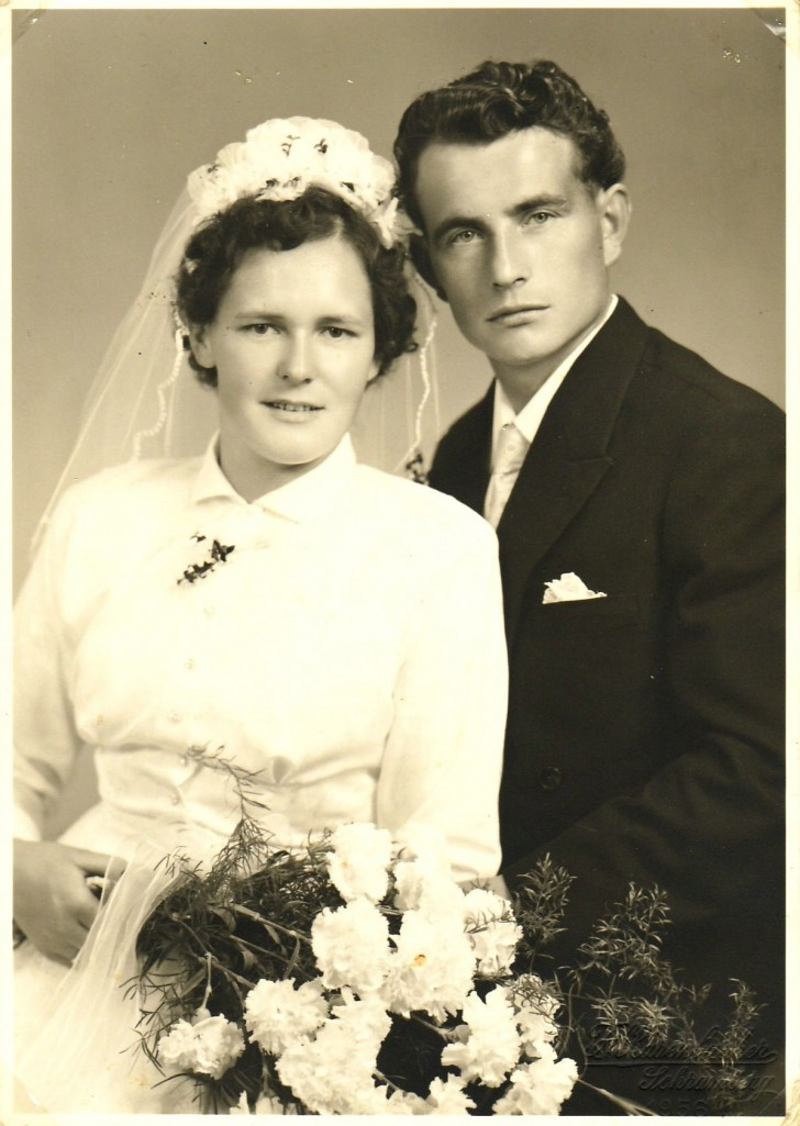 Hermann Josef (*22.8.1928) und Rosa Katharina Flaig (*29.3.1931), geb. Maier (Brunnenmacher); Hochzeit am 22.9.1956. [Seite 15]