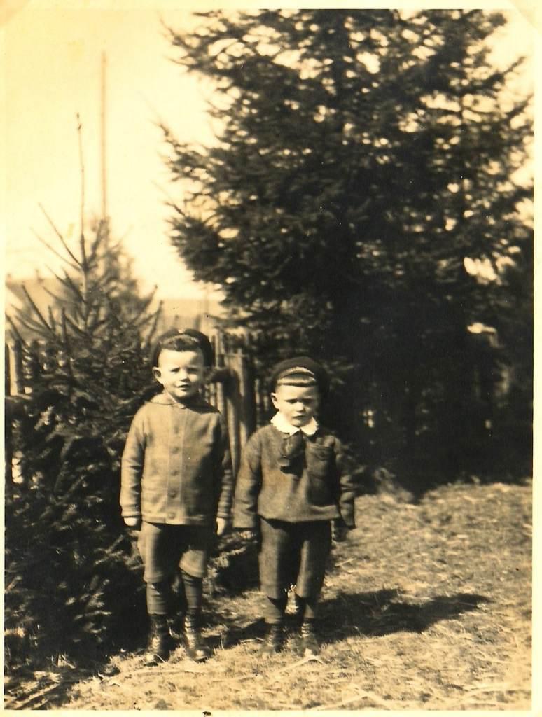 Hermann und Alois Flaig in Bobingen (1934). [Seite 20]